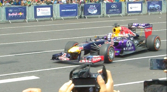 F1 Red Bull Showrun México D.F. [VIDEO]