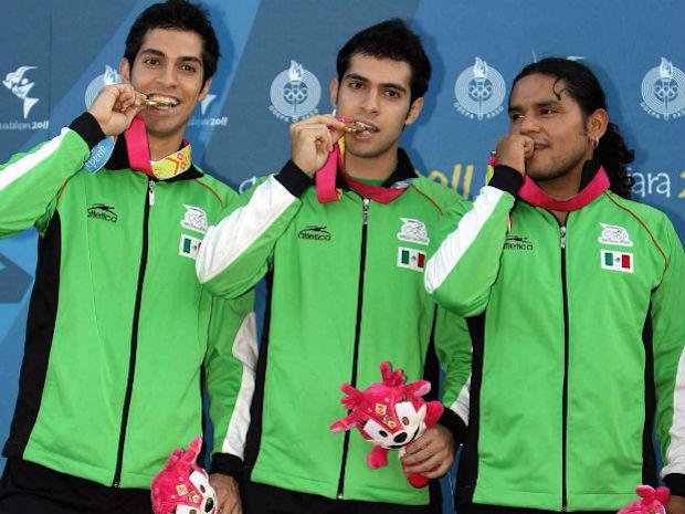 Hasta en deportes tan olvidados como el Squash, México brilló con oro en el 2011.