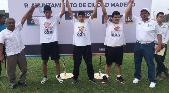 Atletas Paralímpicos Brillan en Eliminatoria Municipal