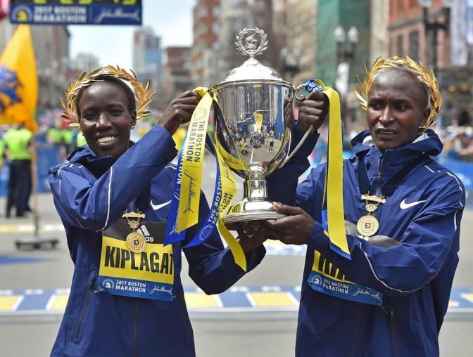 Kenianos Dominan Maratón de Boston