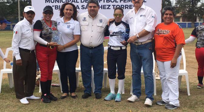 En Marcha 9no Campeonato Municipal de Sóftbol Femenil
