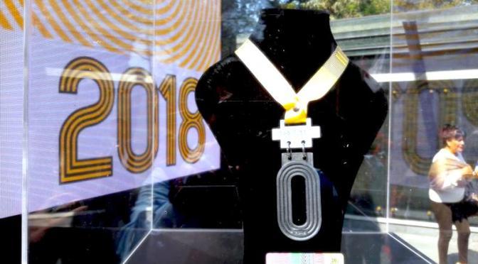 Presentan Medalla de Maratón CDMX 2018